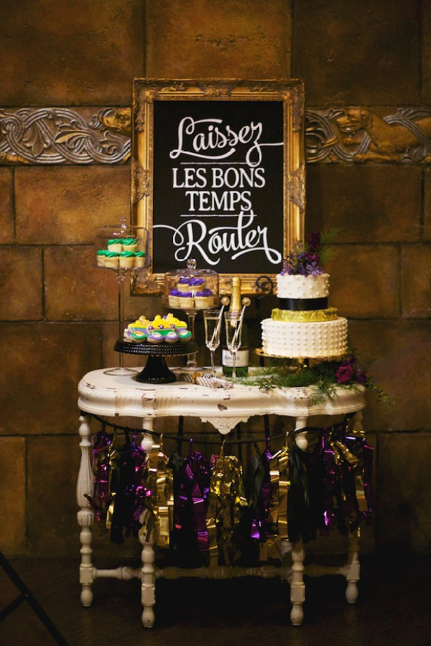 Ruffled - photo by http://nikkimoorephotography.com/ - http://ruffledblog.com/mardi-gras-wedding-inspiration/