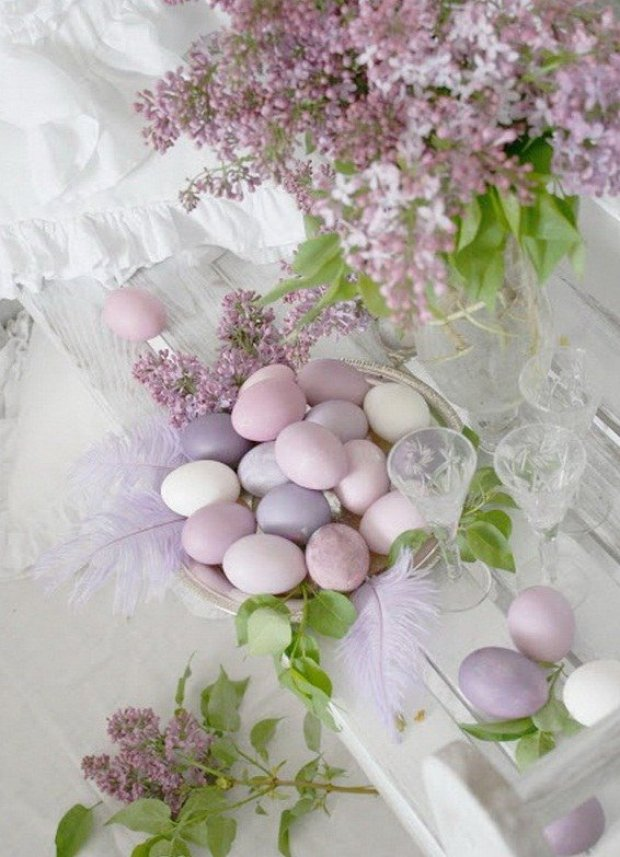 Easter tablescape minamalist