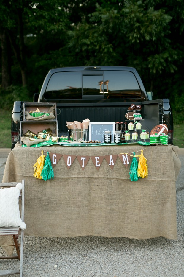 the-everyday-hostess-tailgate-51