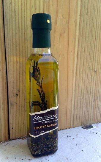 Benissimo Roasted Garlic Olive Oil | www.mybottomlessboyfriend.com