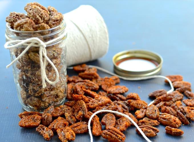 Cinnamon Sugar & Smoked Paprika Brown Sugar Pecans | www.mybottomlessboyfriend.com