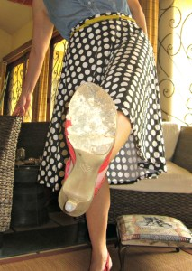 oh my heartsie gir wordless wednesday - shoe crisis