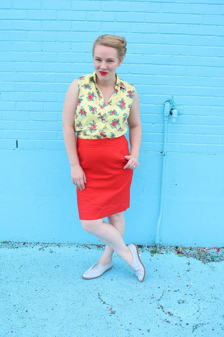 Casual Pencil Skirt Outfit