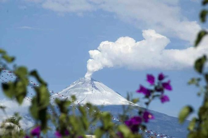 Popocatepetl Volcano -पोपोकटेपेटल ज्वालामुखी, Mexico City