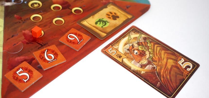 "Tiger card next to a kingdom with decree ""Lizard or Tiger"""