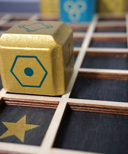 Gold and blue blocks on a grid.