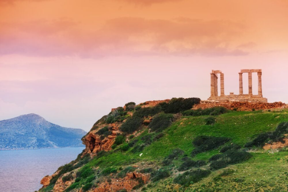 Traveling To Greece On A Budget: Expert Tips You Need