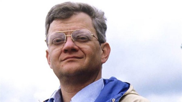 Tom Clancy Biography - Childhood, Life Achievements & Timeline
