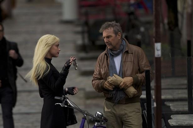 Amber Heard,Kevin Costner