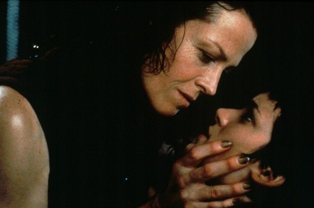 Sigourney Weaver,Winona Ryder