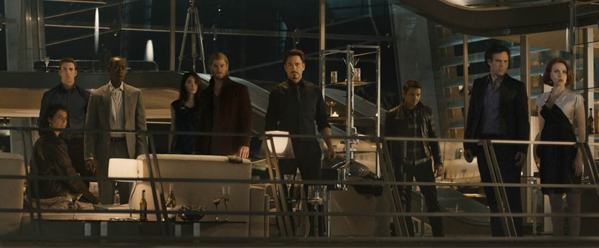 Chris Evans, Chris Hemsworth, Cobie Smulders, Don Cheadle, Jeremy Renner, Mark Ruffalo, Robert Downey Jr., Scarlett Johansson