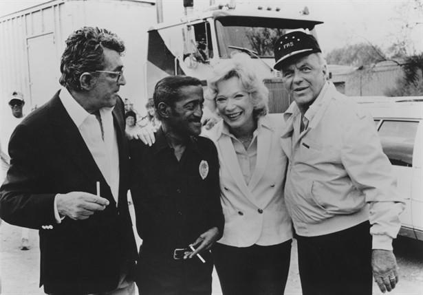 Dean Martin,Frank Sinatra,Sammy Davis Jr.,Shirley MacLaine