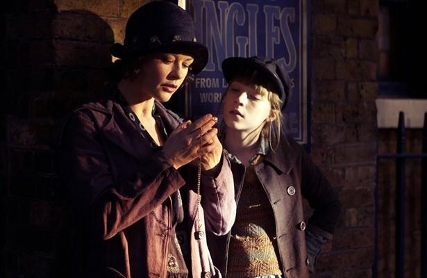 Catherine Zeta-Jones,Saoirse Ronan