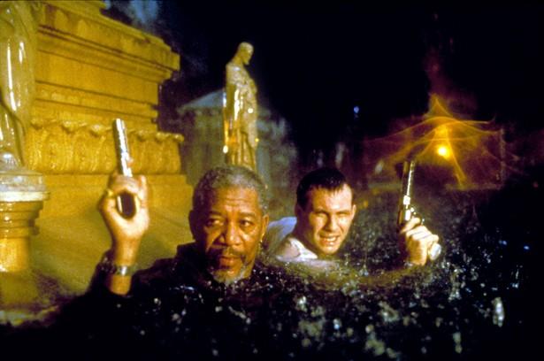 Christian Slater,Morgan Freeman