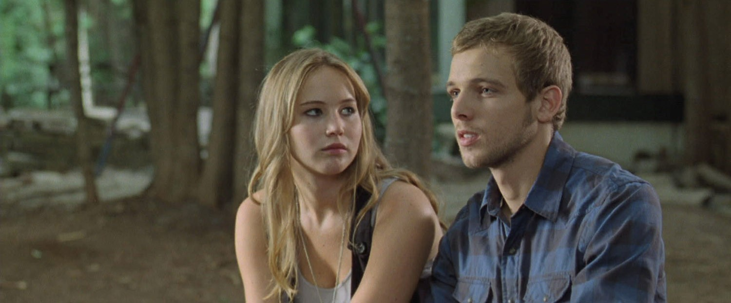 Jennifer Lawrence,Max Thieriot
