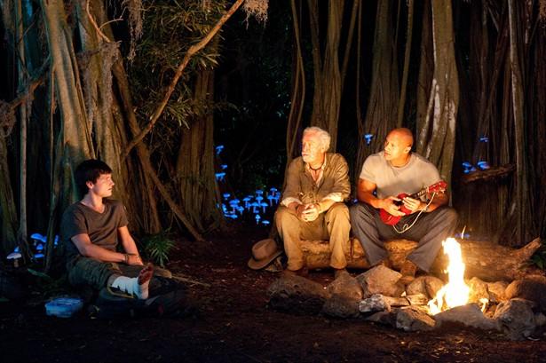 Dwayne Johnson,Josh Hutcherson,Michael Caine