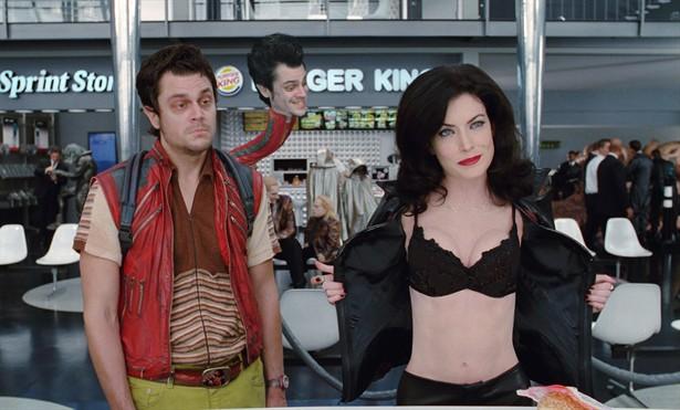 Johnny Knoxville,Lara Flynn Boyle