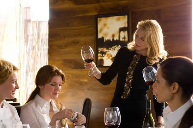 Catherine Zeta-Jones,Lily Rabe,Patricia Clarkson