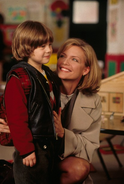 Alex D. Linz,Michelle Pfeiffer