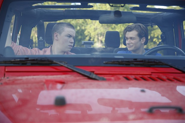 Ed Speleers,Will Poulter