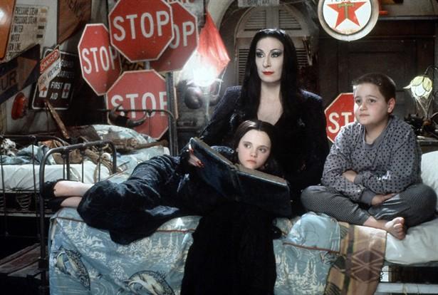 Anjelica Huston,Christina Ricci,Jimmy Workman