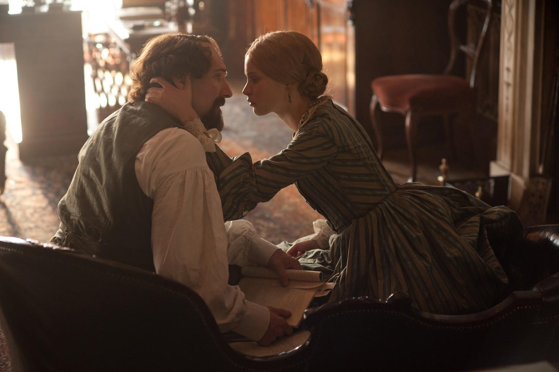 Felicity Jones,Ralph Fiennes