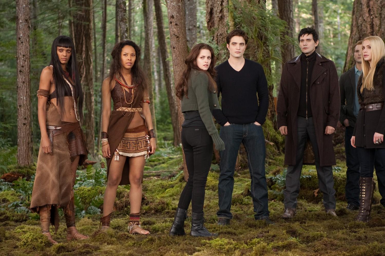 Christian Camargo,Kristen Stewart,MyAnna Buring,Robert Pattinson
