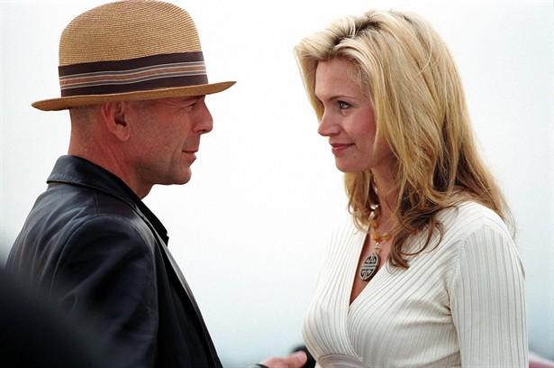 Bruce Willis,Natasha Henstridge