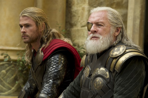 Anthony Hopkins,Chris Hemsworth