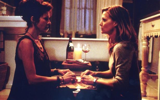 Diana Scarwid,Michelle Pfeiffer