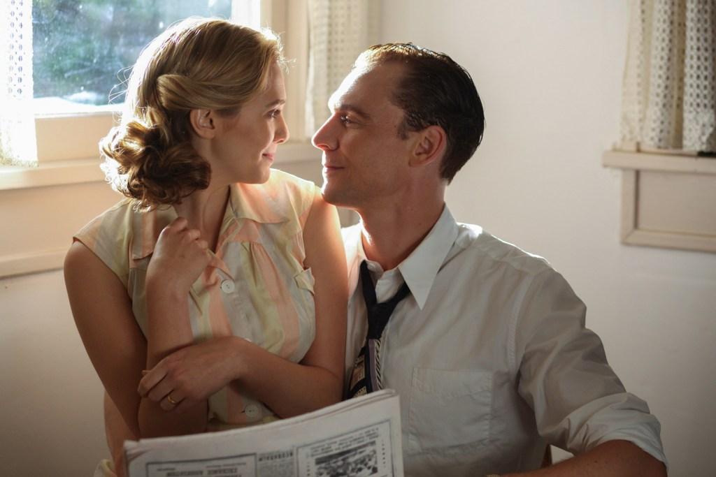 Elizabeth Olsen, Tom Hiddleston