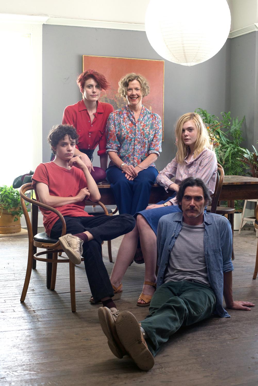 Greta Gerwig, Annette Bening, Billy Crudup, Elle Fanning