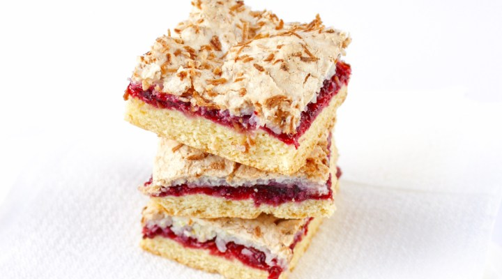 Raspberry slice with lime and coconut | The Fare Sage