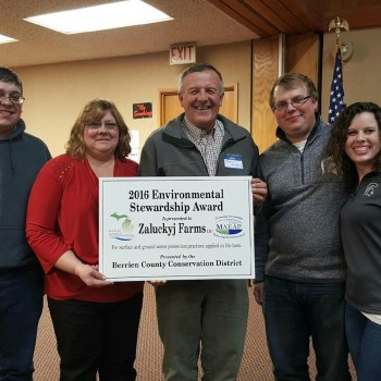 Zaluckyj Farms Presented with 2016 Environmental Stewardship Award