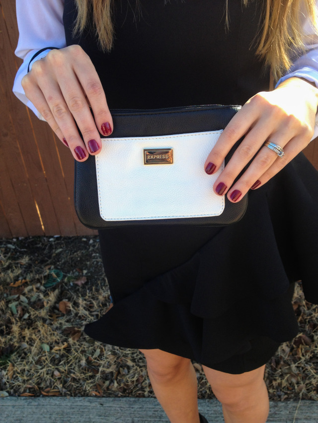 Express Clutch Black and White