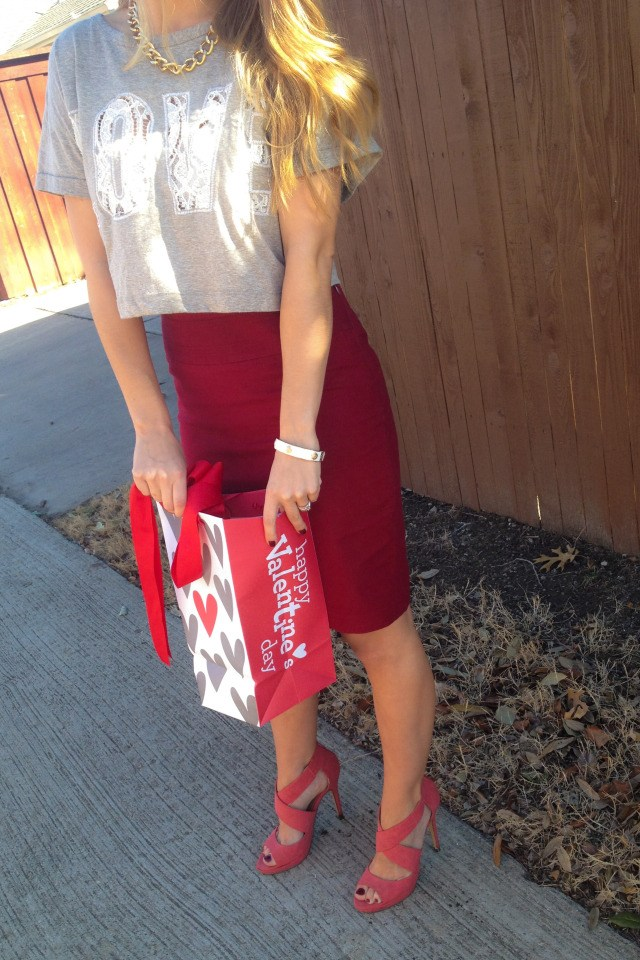 The Limited Skirt Target Bag