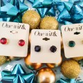 gem-stud-earrings-holiday-giveaway-fashion-blogger