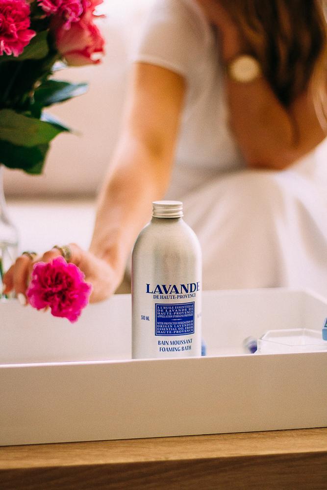l'occitane lavender gift set for mother's day