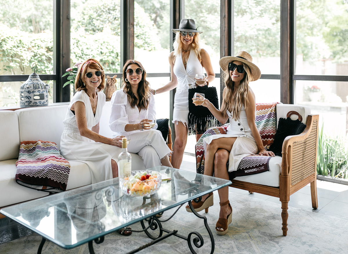 CHIC AT EVERY AGE: SUMMER BOX OF STYLE