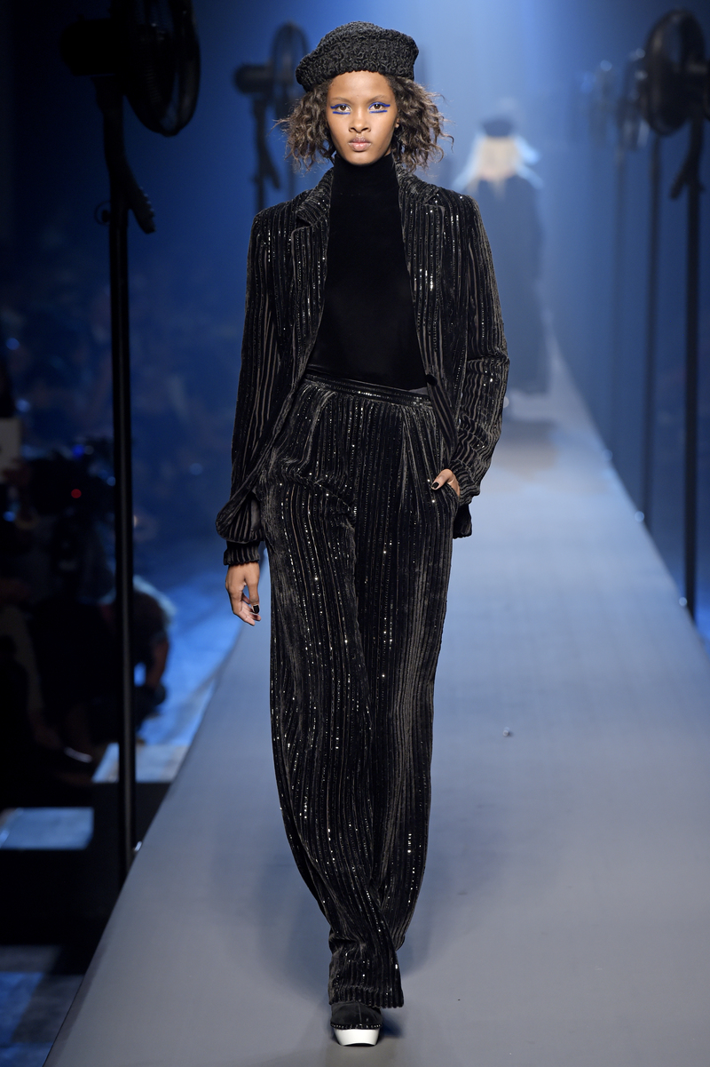 Jean paul gaultier haute couture fall winter 2015 16 for Haute couture winter