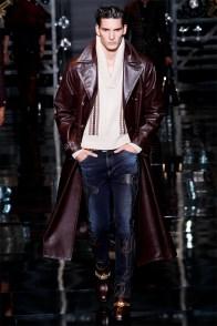 versace-men-fall-winter-2014-collection-photos-0016