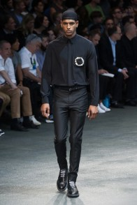 Givenchy-2015-Men-Spring-Summer-Paris-Fashion-Week-004