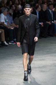 Givenchy-2015-Men-Spring-Summer-Paris-Fashion-Week-011