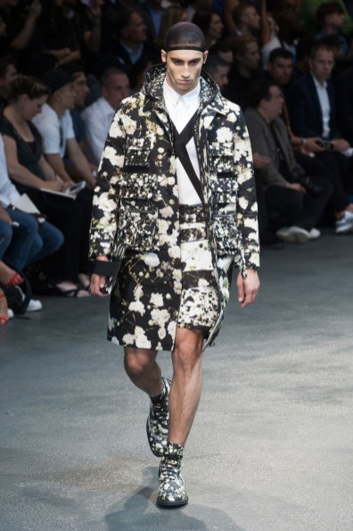 Givenchy-2015-Men-Spring-Summer-Paris-Fashion-Week-038