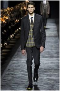 Dior-Homme-Fall-Winter-2015-Menswear-Collection-Paris-Fashion-Week-030