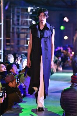 Raf-Simons-Fall-Winter-2015-Menswear-Collection-Paris-Fashion-Week-018