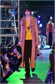 Raf-Simons-Fall-Winter-2015-Menswear-Collection-Paris-Fashion-Week-024