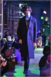 Raf-Simons-Fall-Winter-2015-Menswear-Collection-Paris-Fashion-Week-035