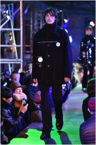 Raf-Simons-Fall-Winter-2015-Menswear-Collection-Paris-Fashion-Week-036