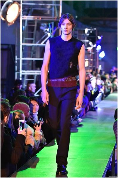 Raf-Simons-Fall-Winter-2015-Menswear-Collection-Paris-Fashion-Week-041